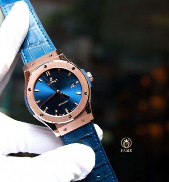 HUBLOT CLASSIC FUSION KING GOLD NAVY BLUE 42MM
