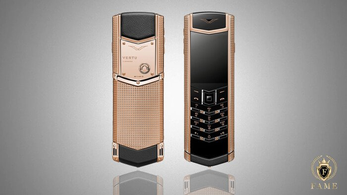 Vertu Signature Clous De Paris Ren Gold