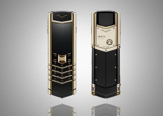 Vertu Signature Black Gold Ceramic