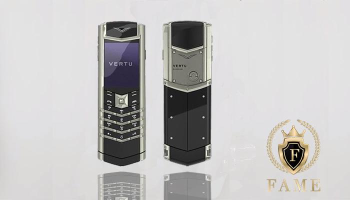 Vertu Signature S Stainless Steel sở hữu những tính năng độc quyền