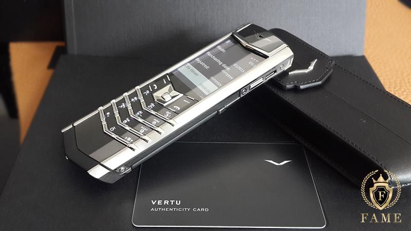 Vertu signature s stainless steel với những thông số kỹ thuật hoàn hảo